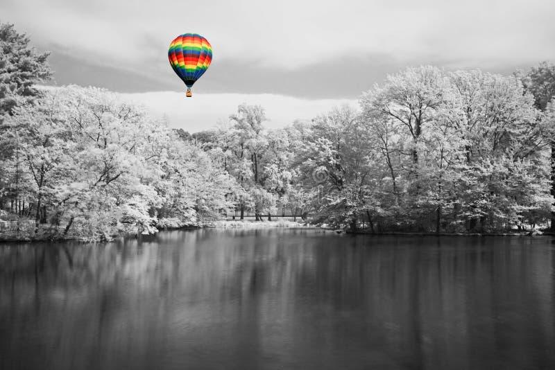 Het infrarode dromerige landschap royalty-vrije stock foto