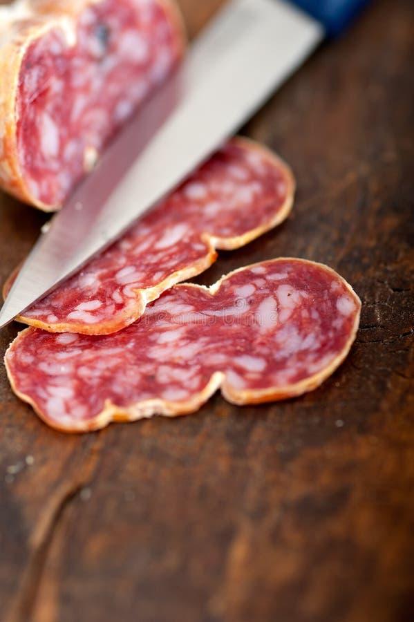 het Italiaanse salame 9273957 pressato gedrukte snijden stock foto's