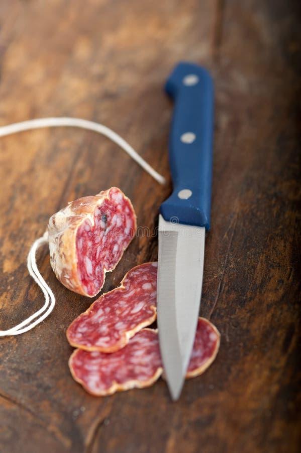 Het Italiaanse salame pressato gedrukte snijden stock afbeelding