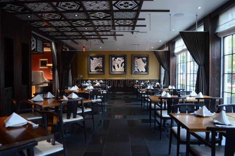 Het Japanse binnenlandse ontwerp van het sushirestaurant royalty-vrije stock foto's