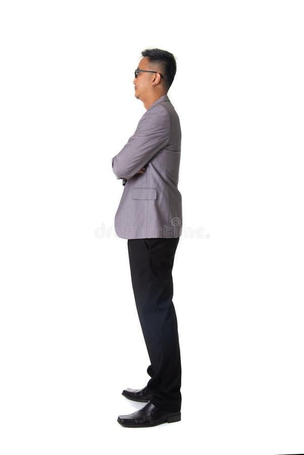 Het jonge Aziatische zijaanzicht van het bedrijfsmensen volledige die lichaam op witte B wordt geïsoleerd royalty-vrije stock fotografie