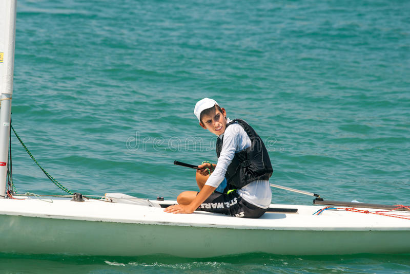 Het jonge jacht van de sportenroerganger in Pomorie bulgarije stock fotografie