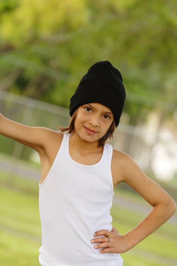 Het jonge jongen Stellen stock afbeelding