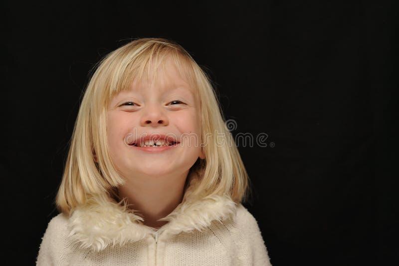 Het jonge meisje lachen royalty-vrije stock fotografie