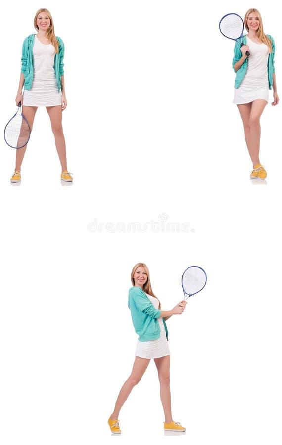 Het jonge mooie dame speeldietennis op wit wordt ge?soleerd stock fotografie