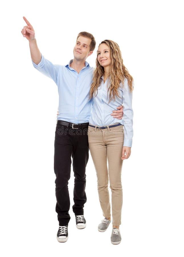 Het jonge romantische paar lopen stock afbeelding