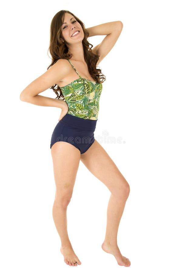 Het jonge vrouwelijke model stellen in swimwear stock foto