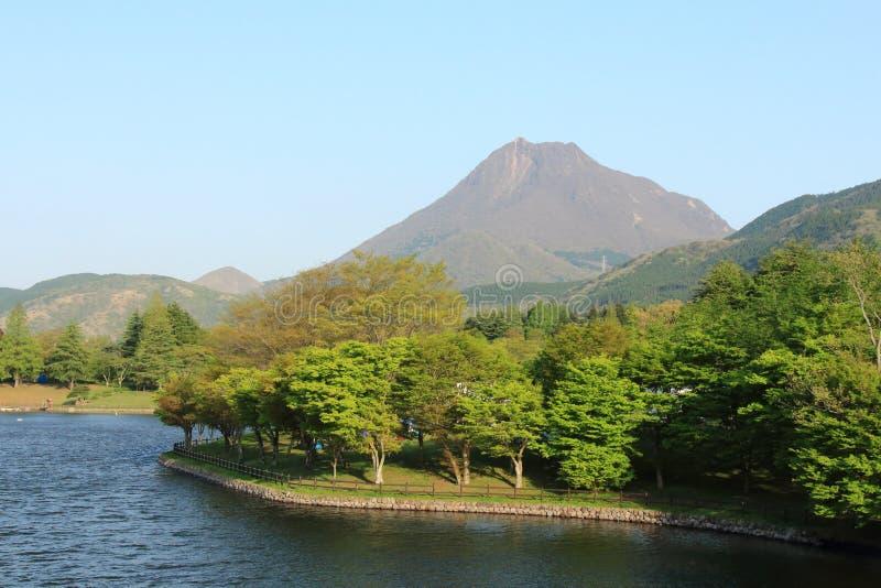 Het kampeerterrein van het Shidakameer, de prefectuur Japan van Beppu Oita stock fotografie
