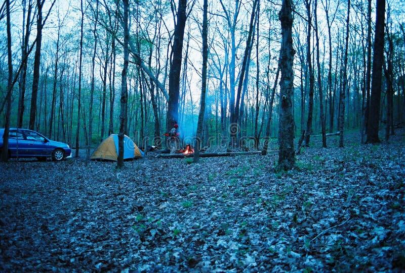 Het kamperen royalty-vrije stock afbeeldingen
