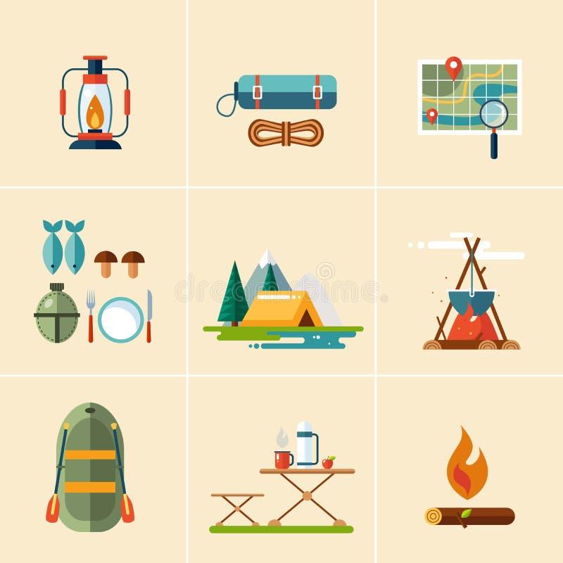 Het kamperen en Wandelingspictogrammen Vlak Ontwerp stock illustratie