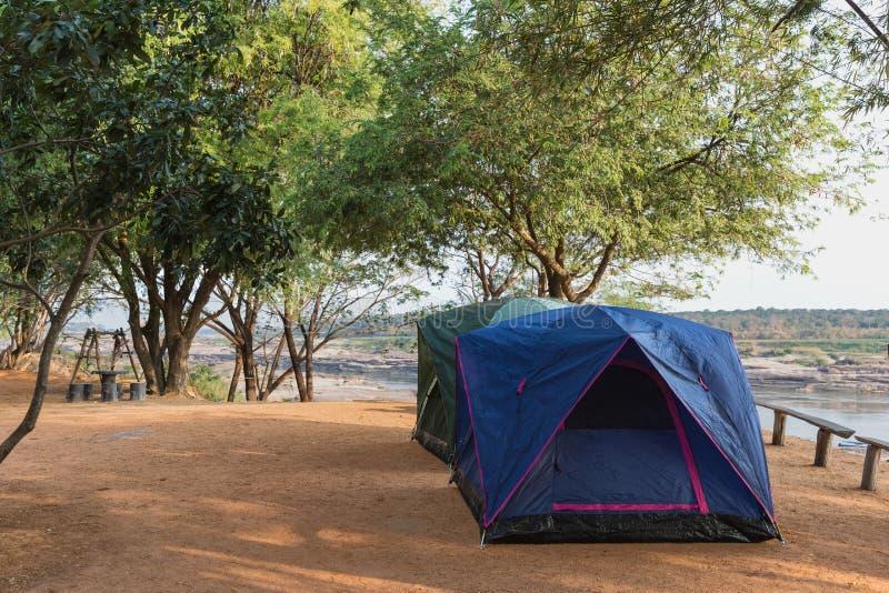 Het kamperen Tenten royalty-vrije stock fotografie