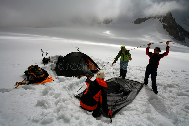 Het kamperen van de gletsjer royalty-vrije stock afbeeldingen