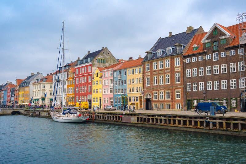 Het Kanaal en het District van Kopenhagen Nyhavn stock fotografie
