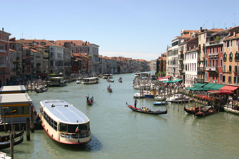 Het Kanaal van Grande in Venetië, Italië stock foto's