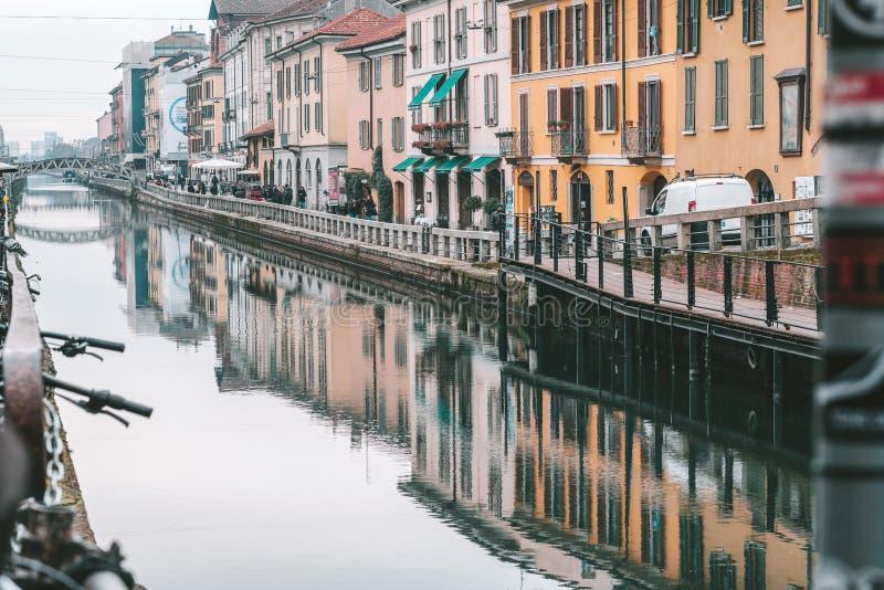 Het kanaalsysteem geroepen navigli van Milaan stock foto