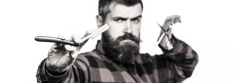 Het kapsel van mensen, het scheren Gebaarde mens, lange baard, brutale, Kaukasische hipster met snor Uitstekende herenkapper kapp royalty-vrije stock afbeelding