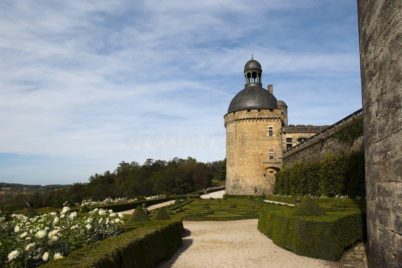 Het Kasteel Hautefort Dordogne Frankrijk van de tuin royalty-vrije stock foto's