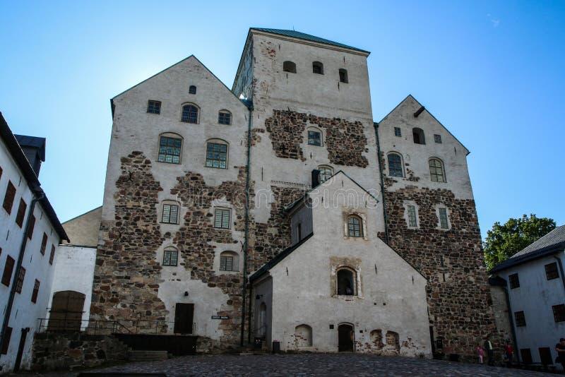 Het kasteel in Turku in Finland stock foto's