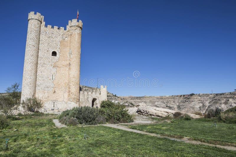 Het kasteel van Almohad-oorsprong van eeuw XII, neemt in Alcala van t stock afbeelding