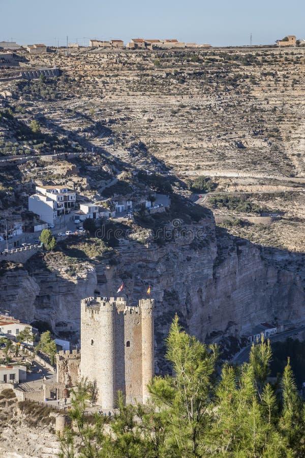 Het kasteel van Almohad-oorsprong van eeuw XII, neemt in Alcala van t stock fotografie