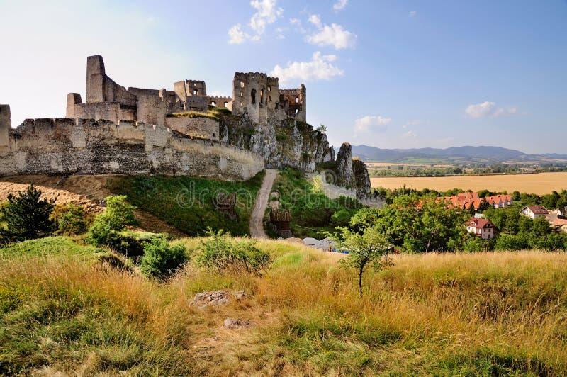 Het Kasteel van Beckov, Slowakije royalty-vrije stock foto