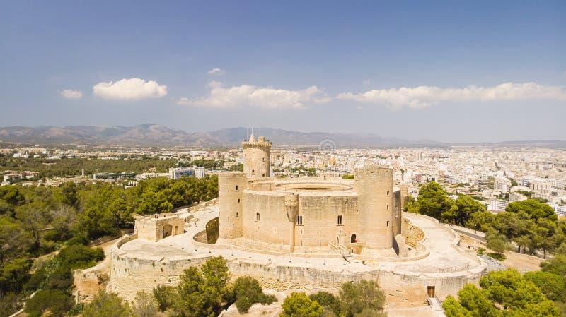 Het kasteel van Bellver Landschap van Palma-stad Palma de Mallorca, de Balearen stock foto