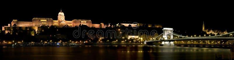 Het Kasteel van Boedapest Buda en de Brug van de Ketting stock afbeelding
