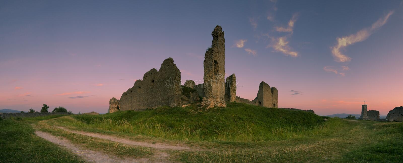 Het kasteel van Branc - Slowakije royalty-vrije stock foto's