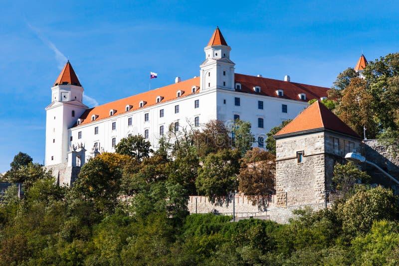 Het Kasteel van Bratislava in zonnige dag royalty-vrije stock fotografie