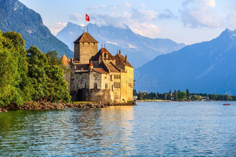 Het Kasteel van Chillon bij het meer van Genève, Zwitserland stock foto