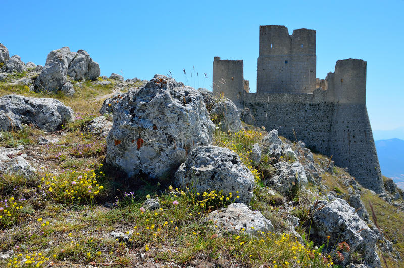 Het kasteel van de berg van Calascio royalty-vrije stock afbeelding