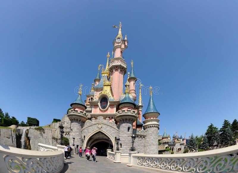 Het kasteel van de fee - Disneyland Parijs royalty-vrije stock afbeelding