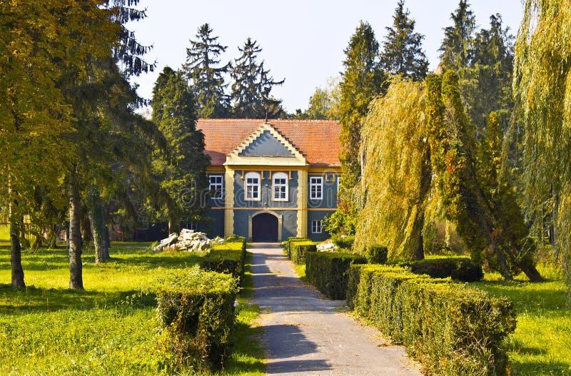Het kasteel van de Kalnikberg in aard royalty-vrije stock foto's