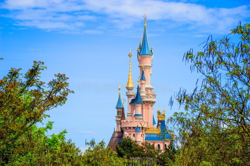 Het kasteel van de slaapschoonheid in Disneyland Parijs, Eurodisney-Hoofdartikel royalty-vrije stock fotografie