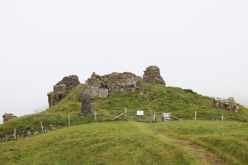 Het kasteel van Duntulm stock foto's