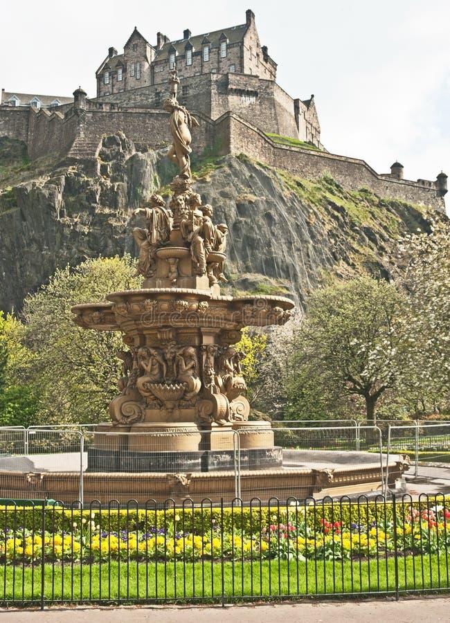 Het Kasteel van Edinburgh in de Lente stock foto