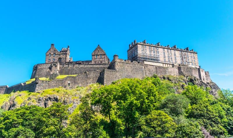Het Kasteel van Edinburgh op de heuvel, Schotland royalty-vrije stock foto's