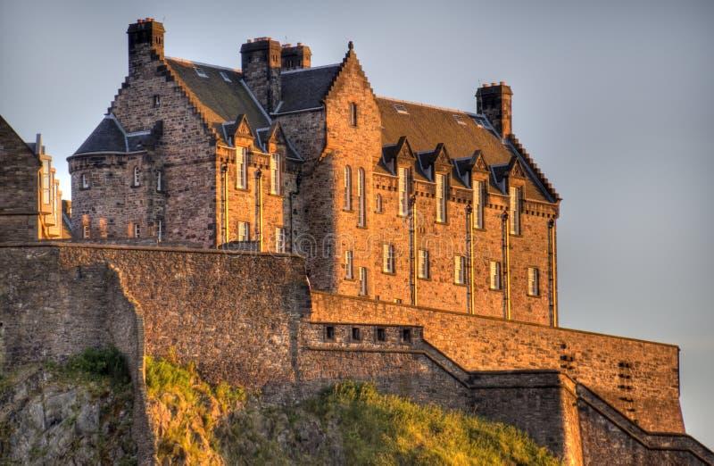 Het Kasteel van Edinburgh in Zonsondergang royalty-vrije stock afbeelding