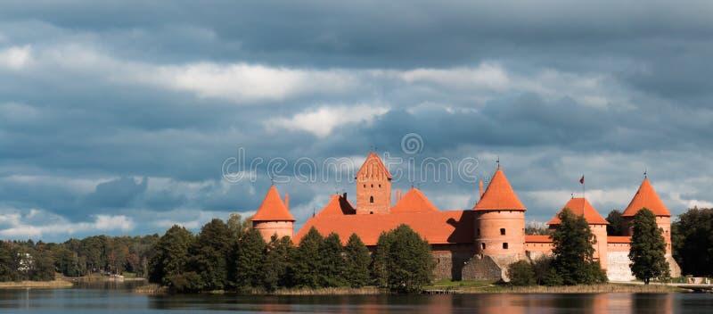 Het Kasteel van het eiland in Trakai, Litouwen royalty-vrije stock foto's