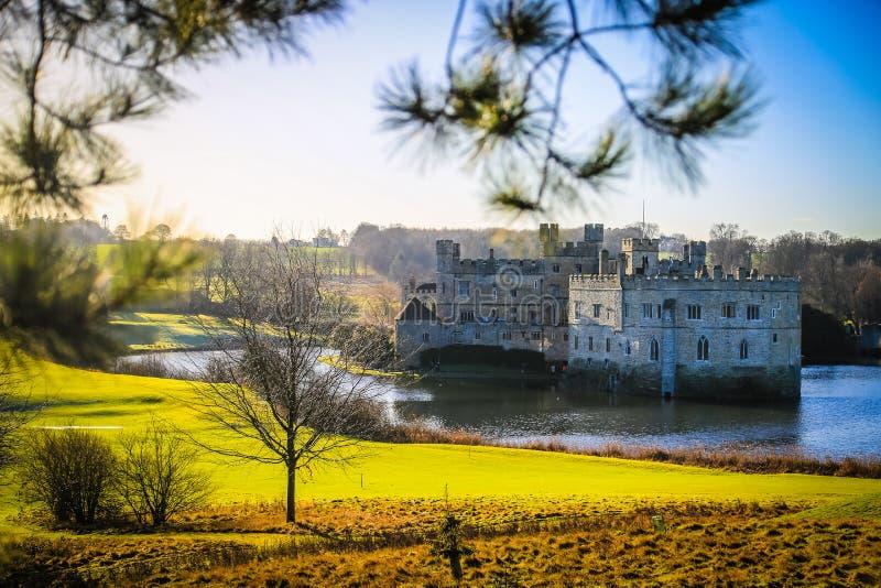Het Kasteel van Leeds en gracht, Kent, Engeland royalty-vrije stock foto's
