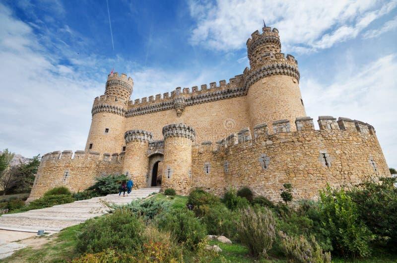 Het kasteel van Manzanares el Real op een bewolkte dag, Madrid, Spanje royalty-vrije stock foto's