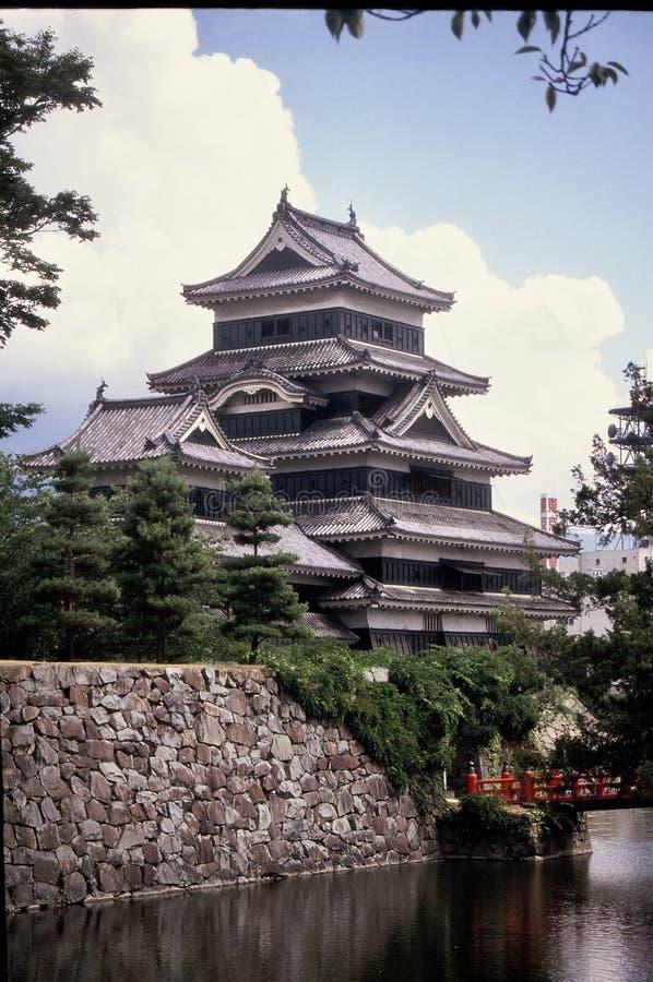 Het Kasteel van Matsumoto, Japan Drie Kwart Mening stock afbeelding