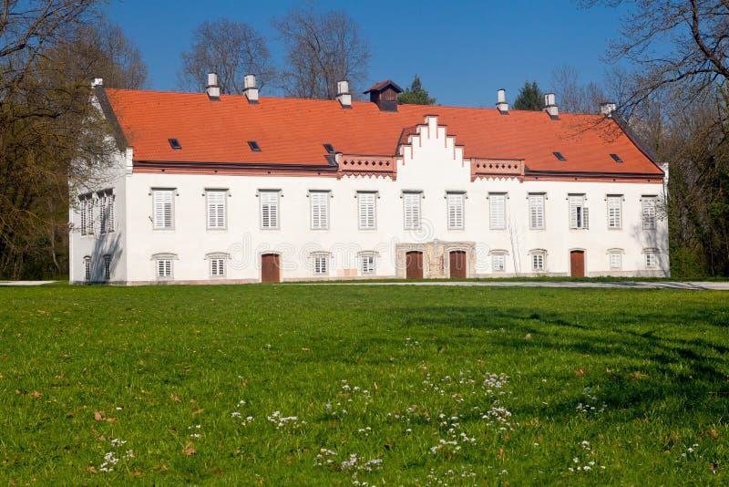 Het Kasteel van Novidvori in Zapresic, Kroatië stock fotografie