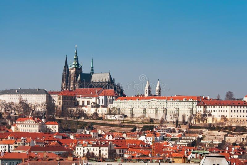 Download Het Kasteel van Praag stock foto. Afbeelding bestaande uit oriëntatiepunt - 39116614