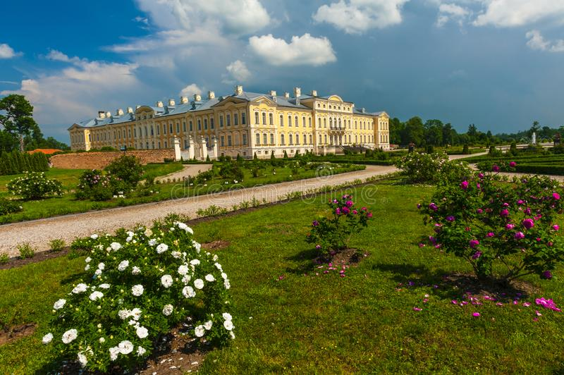 Het kasteel van Rundale in Letland royalty-vrije stock foto