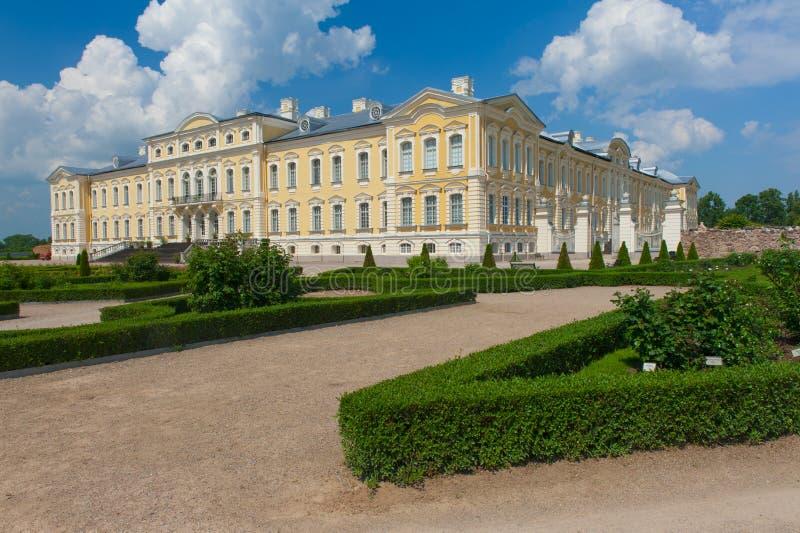 Het kasteel van Rundale in Letland stock foto's