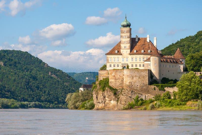 Het kasteel van Schonbuhel royalty-vrije stock afbeelding