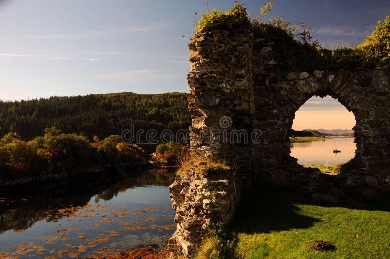 Het Kasteel van Strome, Schotland. stock afbeeldingen