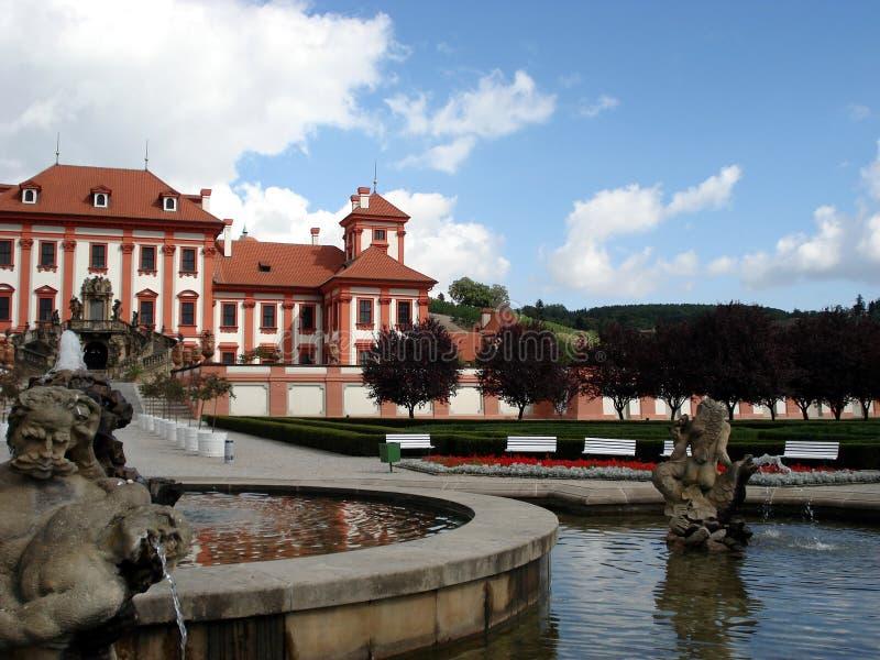 Het kasteel van Troya, fontein, Praag stock foto's