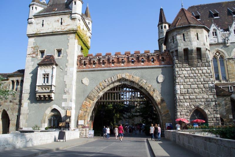 Het kasteel van Vajdahunyad in Boedapest, Hongarije royalty-vrije stock foto's